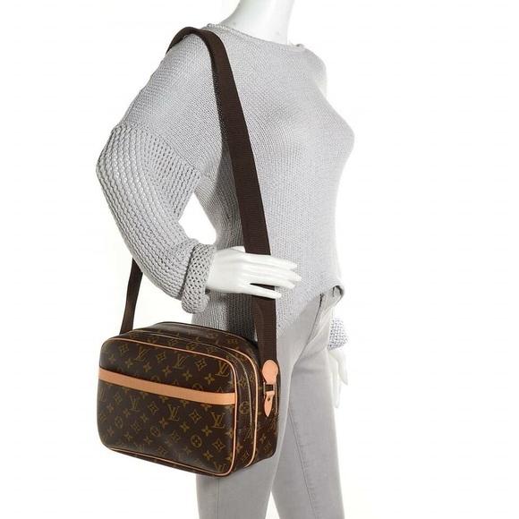 Louis Vuitton Handbags - Authentic LV Reporter PM 727939ee182b0